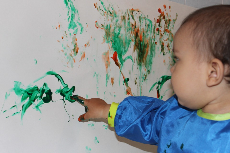 finger-painting-at
