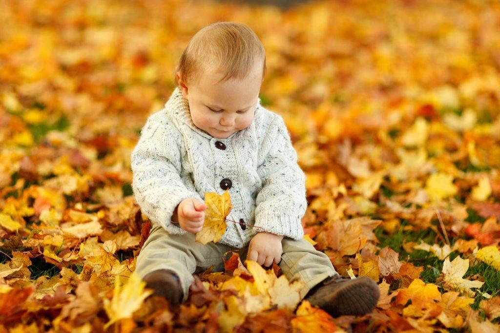 baby autumn photo