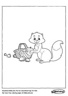 Squirrel with nuts Coloring Pages